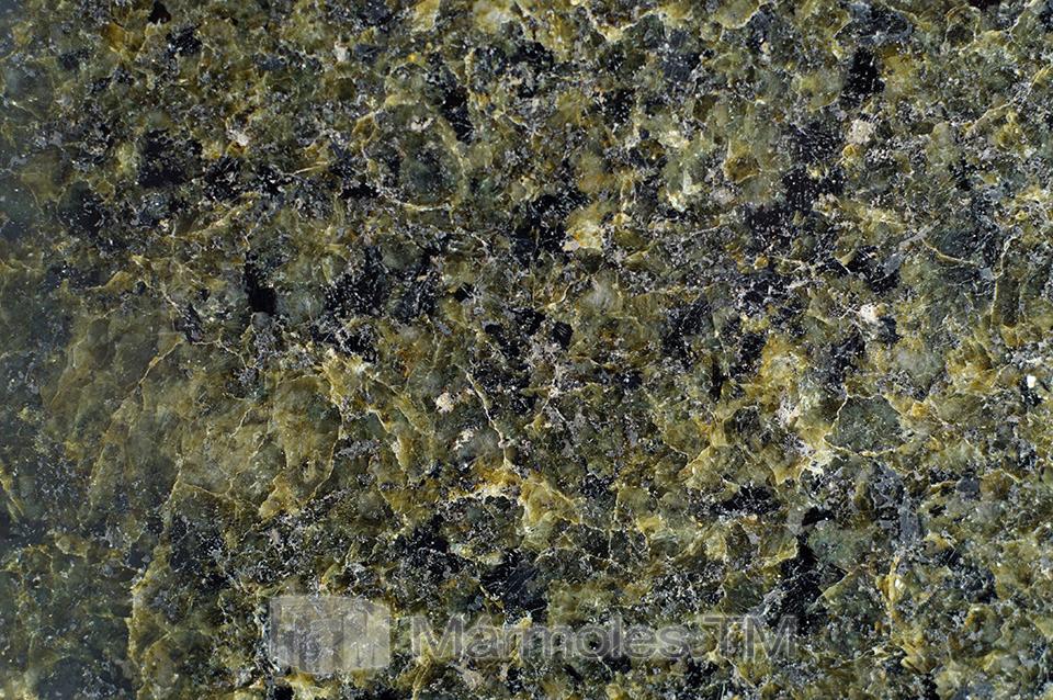 Granito ESMERALDA (Verde Ubatuba)